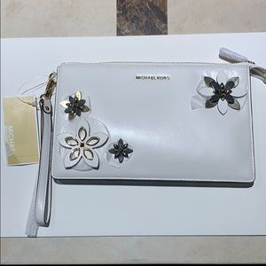 Michael Kors Daniela Flowers Leather Wristlet Lrg